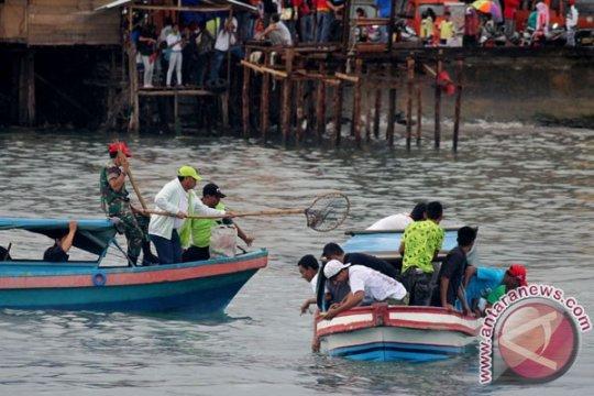 DLHKP imbau warga tidak mengambil ikan-kerang di Teluk Ambon