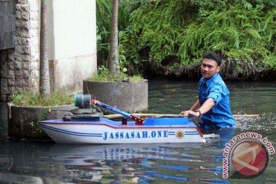 Robot karya pelajar Jakarta tampil di IIMF-Batam