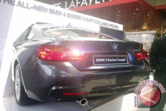 """""""London Calling"""" tema BMW pada IIMS 2013"""