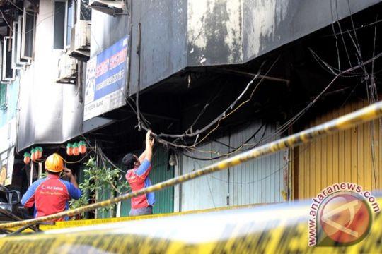 Ratusan kios pasar KUD Tanjungpinang terbakar