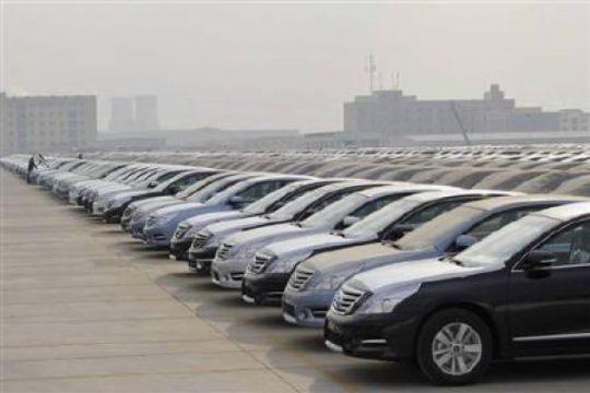 """Cara Beijing cegah """"banjir"""" mobil baru"""