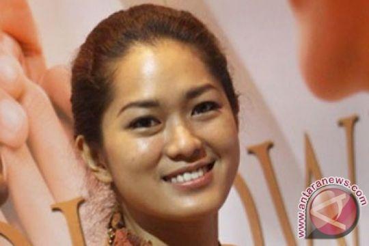 Prisia Nasution dapat pelajaran dari hutan rimba