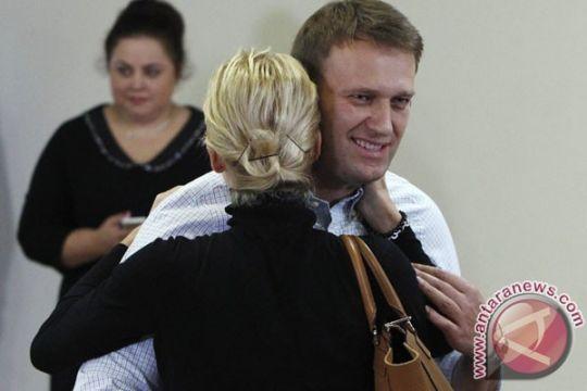 Tim Navalny sebut racun Novichok ditemukan pada botol air di hotel