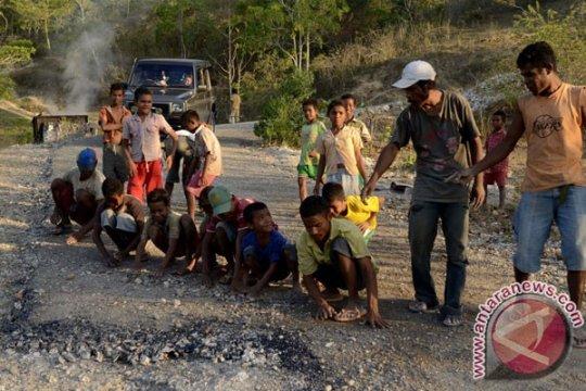 709 kilometer jalan provinsi NTT rusak berat