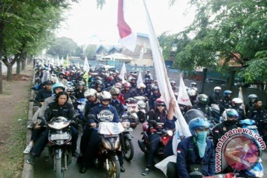 2.000 buruh Jakarta Timur menuju Balai Kota