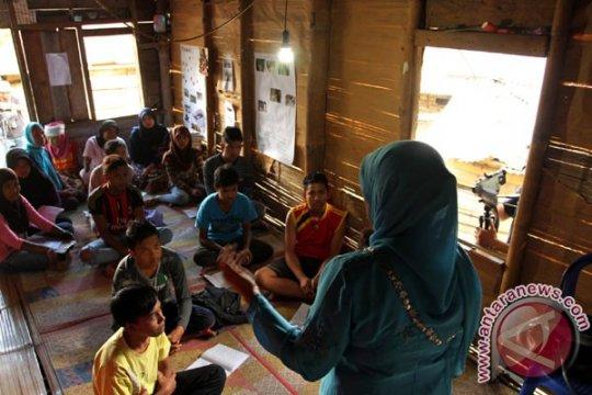 Dinsos sebut warga miskin di Tanah Datar masih ratusan ribu