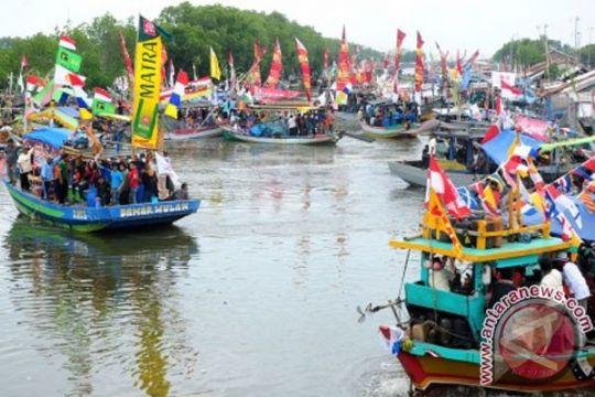 Nelayan Cilacap siapkan sedekah laut