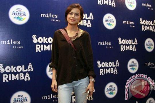 Eva Celia ketagihan jelajahi Indonesia