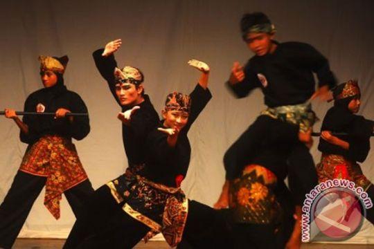 Mahasiswa IKIP Budi Utomo Malang sabet juara pencak silat di Bandung