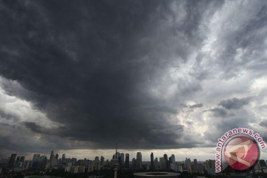 Hujan guyur Jakarta siang ini