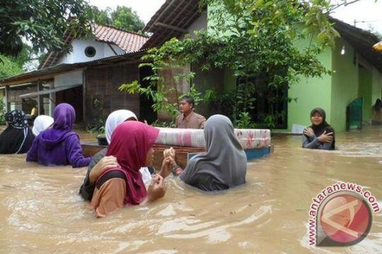 Banjir Purworejo meninggi Basarnas evakuasi korban