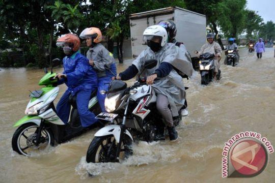 Beberapa wilayah di Kebumen dilanda banjir dan longsor