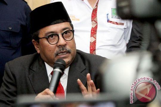 Gubernur Banten shalat Idul Fitri di alun-alun Serang
