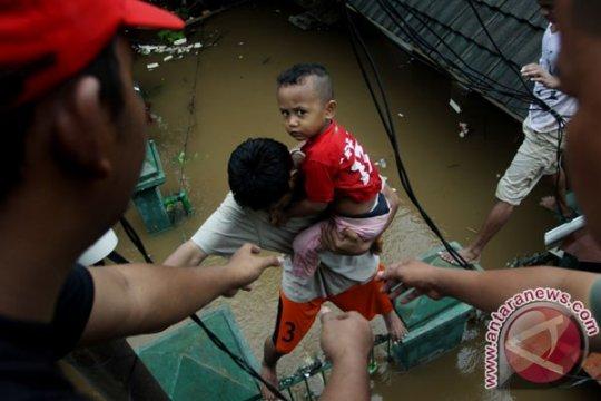 Ditpolair Baharkam Polri dikerahkan tangani banjir