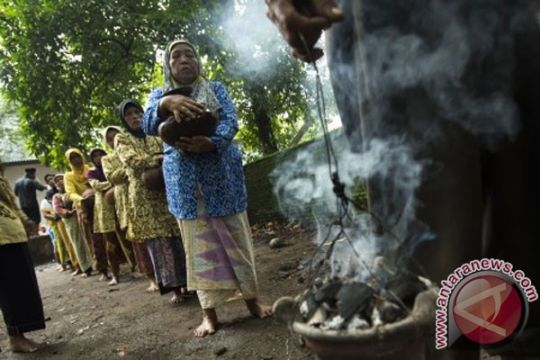 Jelang Panjang Jimat, pengunjung Keraton Cirebon mulai berdatangan