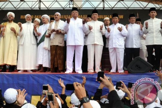 Umat Muslim Jakarta peringati Maulid Nabi di Monas