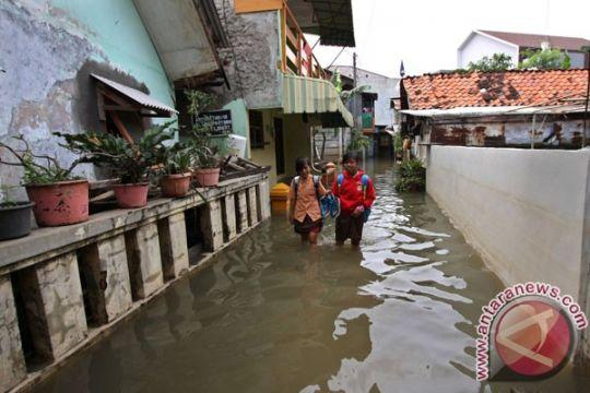 Pekalongan dan Batang masih terendam banjir