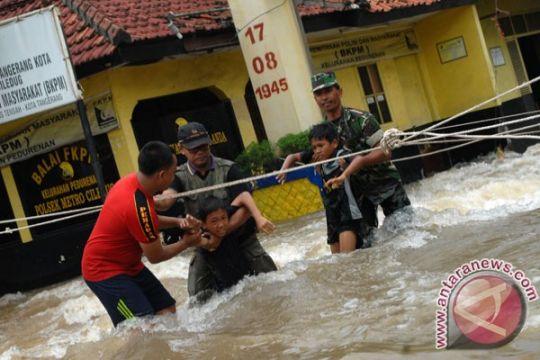 Warga diminta melapor bila kekurangan bantuan logistik