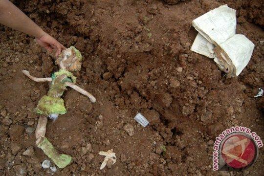 12 korban tanah longsor Jombang sudah ditemukan