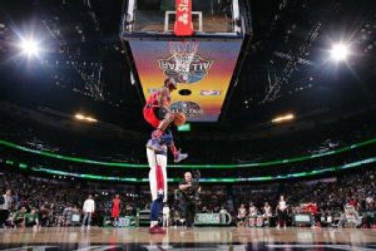 John Wall pimpin Timur memenangi 'All Stars slam dunk contest'