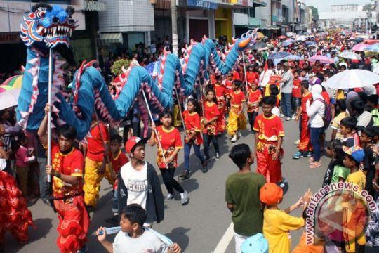 100 liong-barongsai akan meriahkan Cap Go Meh Karawang