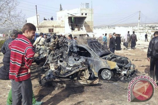 Bom mobil guncang Suriah utara yang dikuasai pemberontak