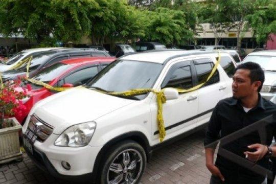 Anggota DPRD Bali diperiksa polisi atas dugaan kasus penggelapan mobil