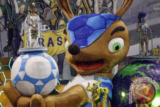 Stadion Piala Dunia Brazil rusak diterjang badai
