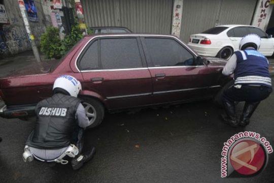 Dishub DKI segera tertibkan parkir taman kota