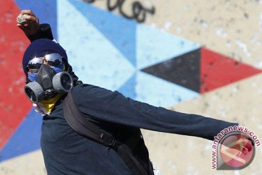 Kerusuhan pecah di perbatasan Brazil antara warga dan pendatang Venezuela