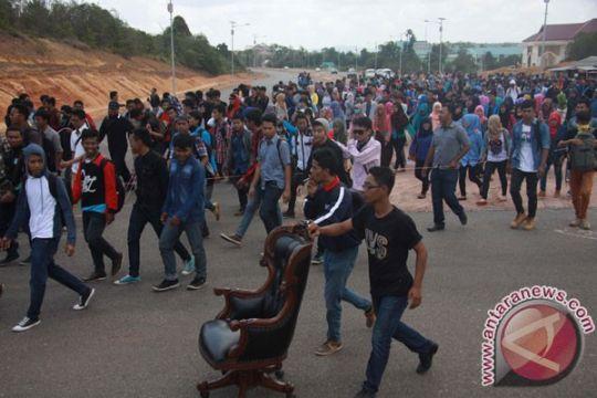 Universitas Maritim bergolak, mahasiswa umumkan keadaan darurat