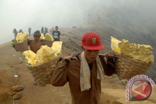 Pembatasan pendakian masih diberlakukan di Gunung Ijen
