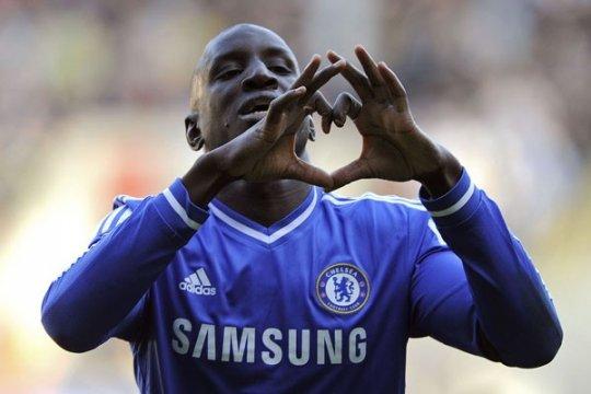 Besiktas incar pemain Chelsea Demba Ba
