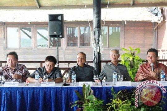 Pemancangan pelabuhan industri aluminium Bintan pada Agustus