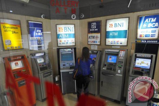 Anomali satelit Telkom 1, OJK minta bank segera tangani gangguan jaringan