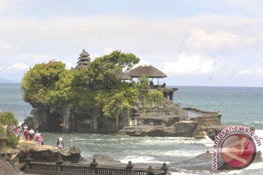 8.310 wisatawan kunjungi Tanah Lot sehari setelah Nyepi