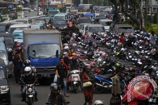 Operasi penertiban parkir liar Jakarta digelar di lima lokasi