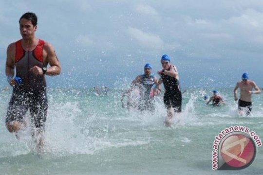 1.300 peserta berlomba dalam Bintan Triathlon