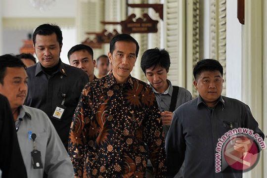 Jokowi: investasi ke daerah akan tekan arus urbanisasi