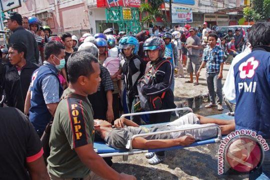 Korban tewas ruko ambruk jadi empat orang