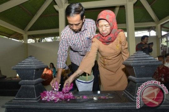Keluarga besar Jokowi gelar doa bersama
