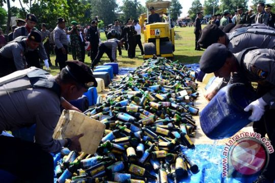 Miras, ganja dan petasan dimusnahkan jelang Ramadhan