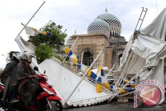 Puting beliung harus diwaspadai Aceh, sebut BMKG