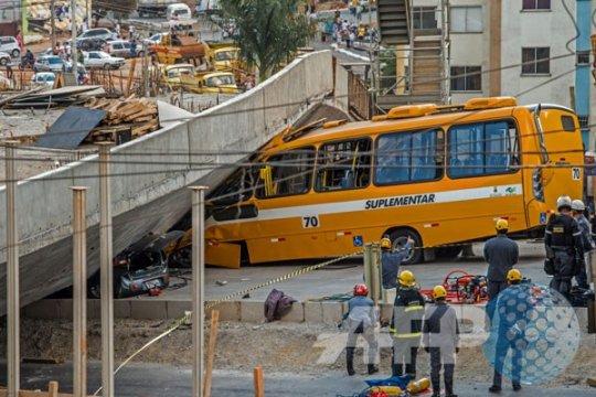 Jalan layang runtuh, Brasil berkabung