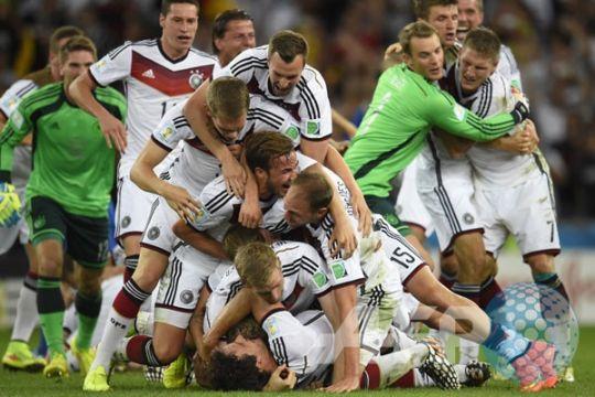 """Media Jerman sambut kemenangan """"Der Panzer"""""""