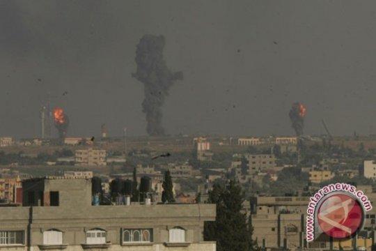 Israel serang Suriah setelah roket-roket ditembakkan di Golan