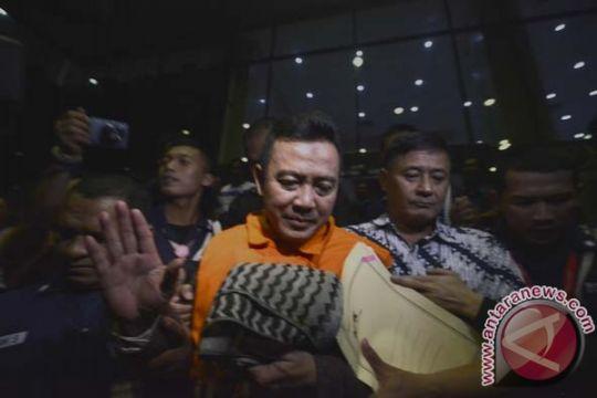 KPK periksa Bupati Karawang sebagai tersangka