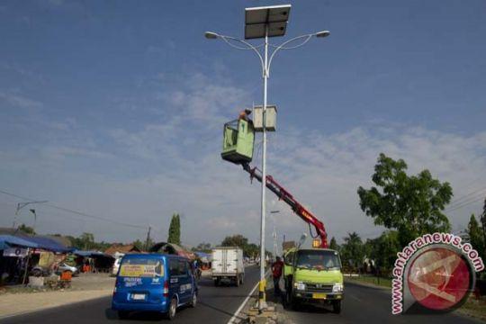 """55 dari 210 unit lampu penerangan jalan """"solar cell"""" di Agam dicuri"""