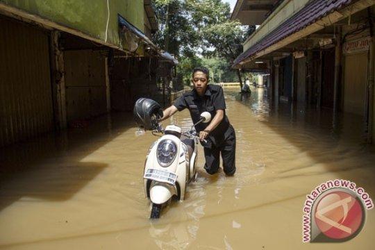 Banjir landa sejumlah kawasan di Jakarta Selatan