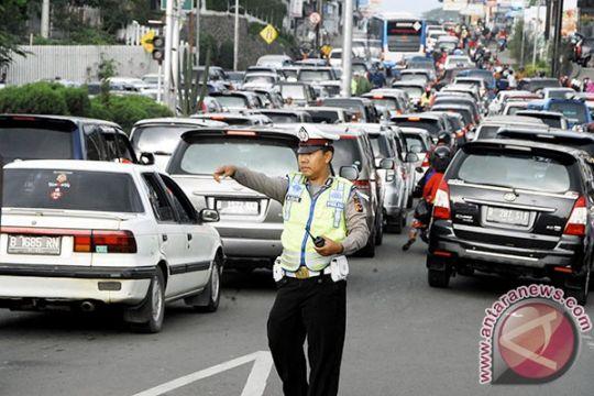 """Jalur Puncak padat, Polres Bogor bersiap berlakukan """"one way"""""""